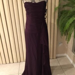 CATRINA COLLECT ALBERGINE MOB/FORMAL GOWN SIZE 20